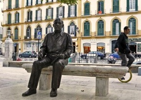 estatua picasso malaga