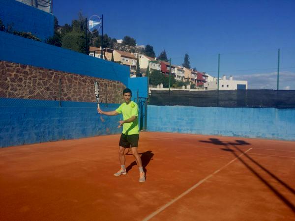 Espagnol-et-tennis-à-Malaga-Espagne