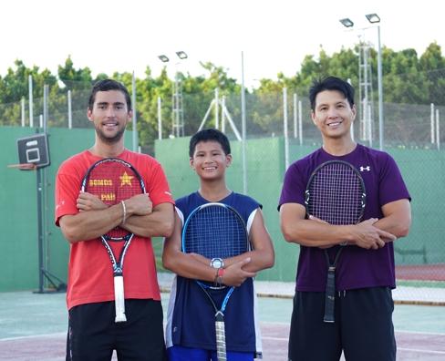 Spanisch und Tennisunterricht