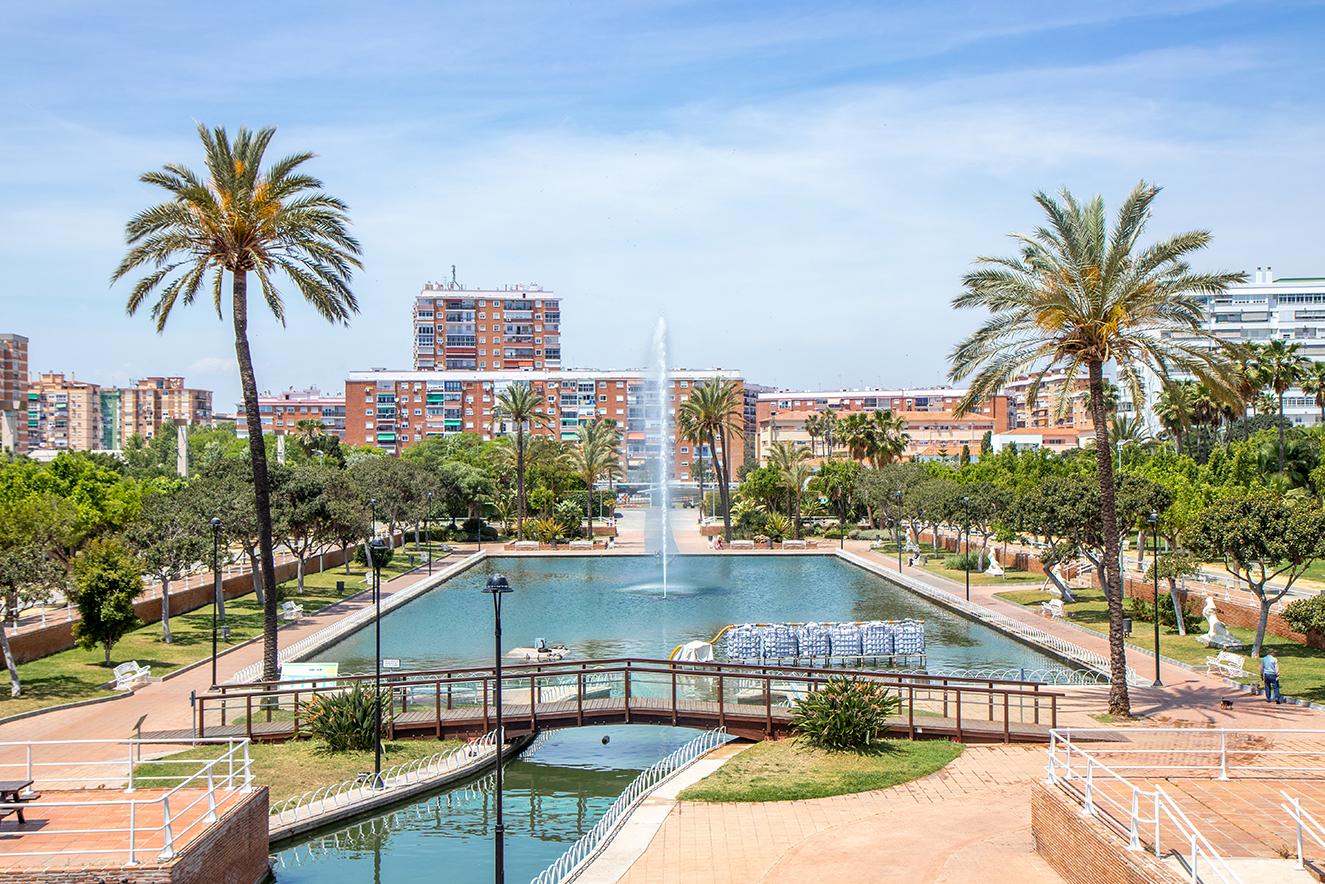 parque del oeste AIL malaga escuela español barrio