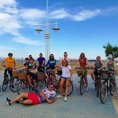 Grupa, wycieczka szkolna na kursie jezyka hiszpanskiego ze szkola AIL Malaga