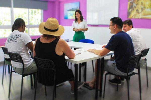 Prüfung für DELE Zertifikat Málaga Spanien Sprachschule