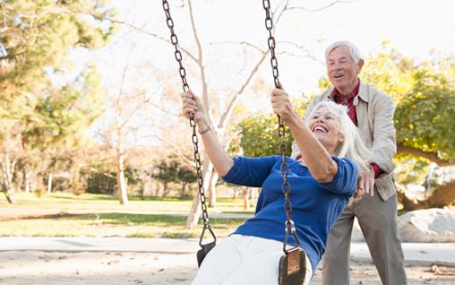 Senioren haben Spaß beim Spanischlernen