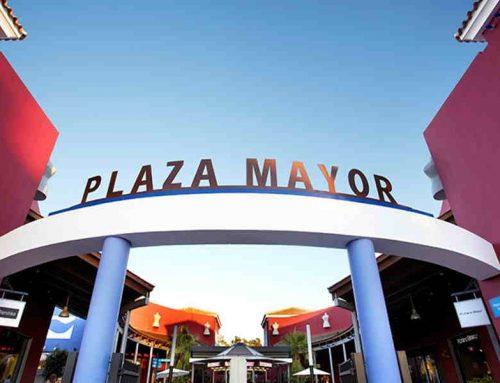 The best outdoor mall in Malaga, Plaza Mayor!