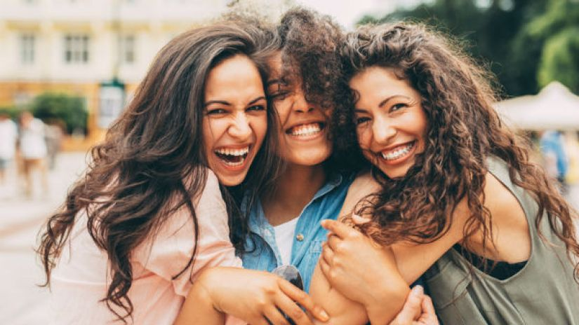 amistad hablar espanol fluidamente